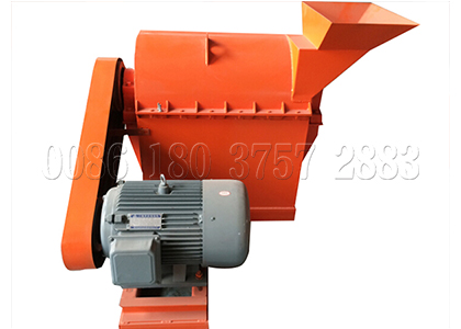 Semi-wet material crusher for chicken waste processing