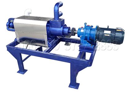 Solid-liquid separator machine for composting pig manure
