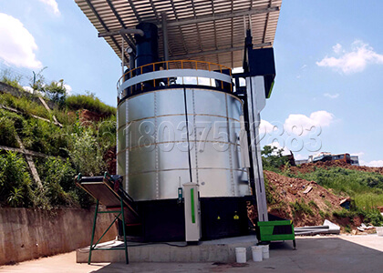 Automatic composting machine for farm waste disposal